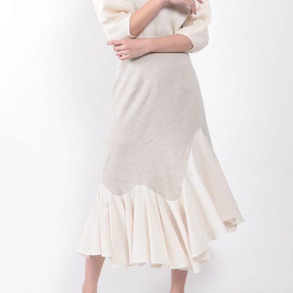 SKIRT:ラッフルヘムスカート