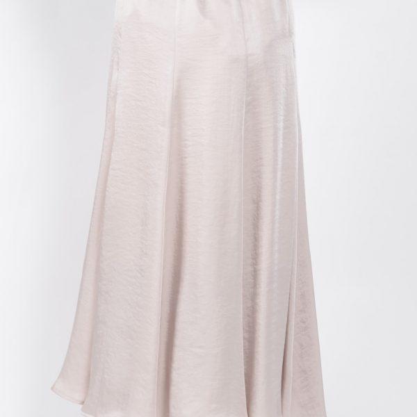 :サテンロングスカート