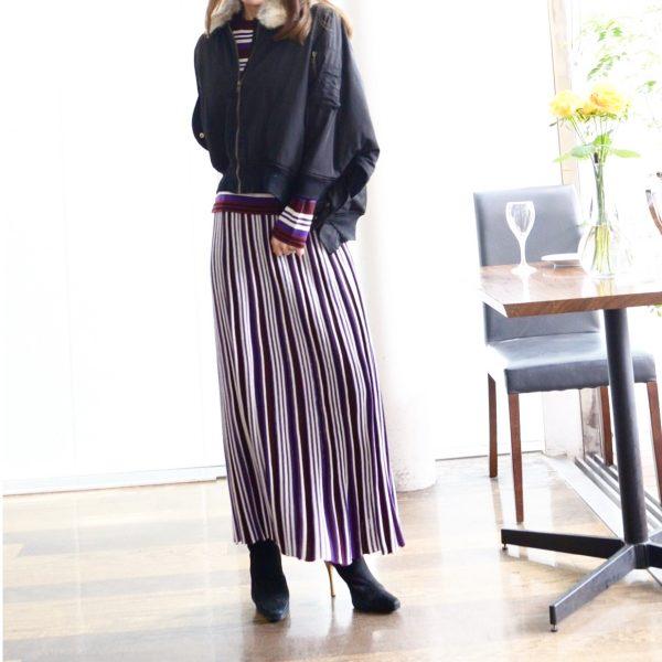 TOPS:ニットスカート