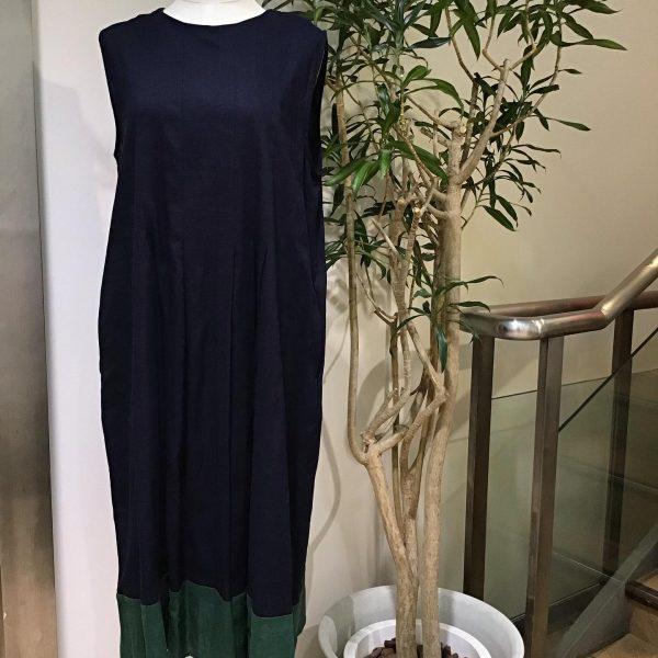 TOPS:裾配色ワンピース