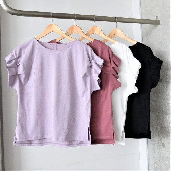 TOPS:袖タック入りTシャツ