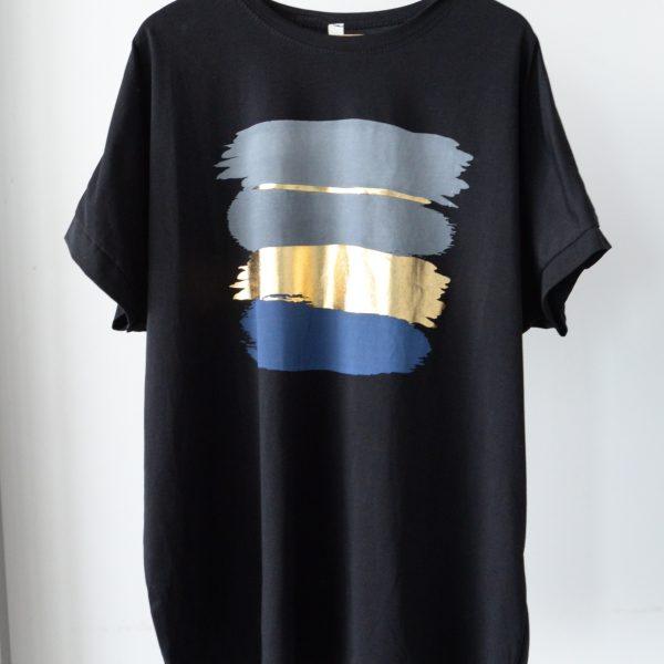 TOPS:ロング丈Tシャツ